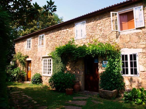 Hotel Pictures: Casa Rural A Solaina, Arteixo