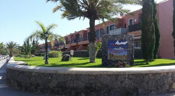 Hotel Pictures: Costa del Silencio, Costa Del Silencio