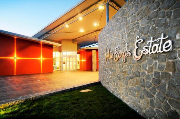 Hotellbilder: White Sands Estate, Falmouth
