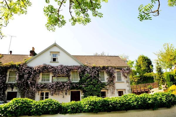 Hotel Pictures: Auberge Du Val Hotel, St Saviour Guernsey