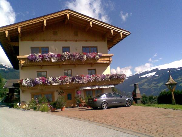 Hotel Pictures: , Hippach