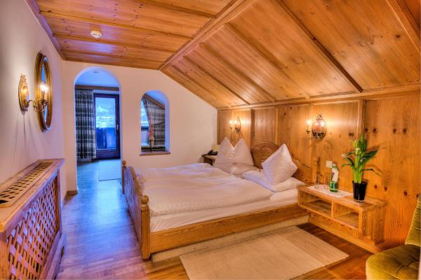 Special Offer - Double Room with Ski Pass