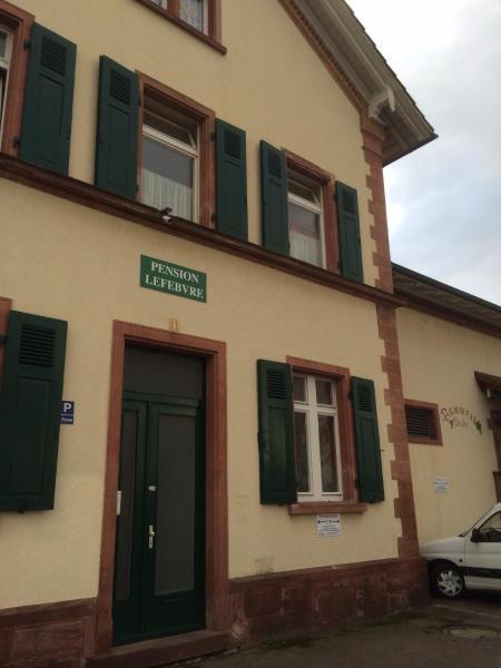 Hotel Pictures: Pension Lefebvre, Weil am Rhein