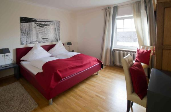 Hotelbilleder: Weingut & Gästehaus Bernhard Eifel, Trittenheim