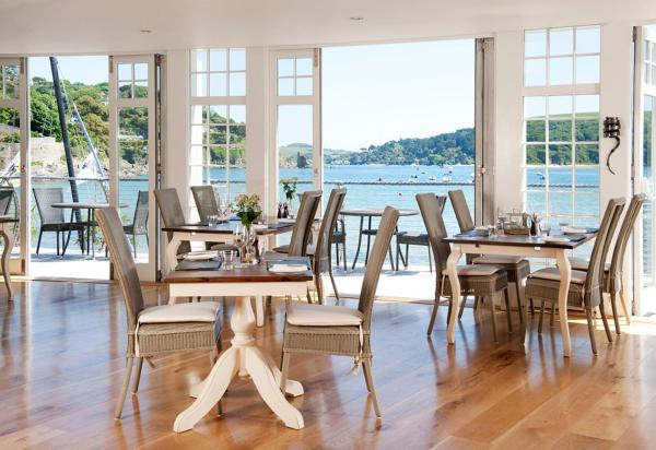 Hotel Pictures: South Sands, Salcombe