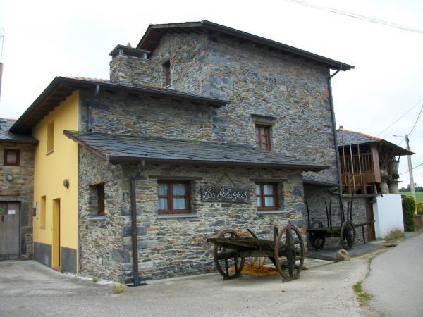 Hotel Pictures: Casa de Aldea Rural Los Glayus, Luarca