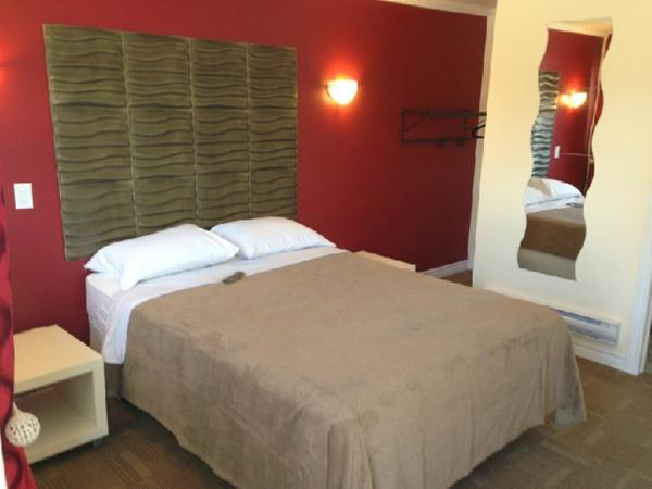 Hotel Pictures: Road 121 Motel, Fenelon Falls