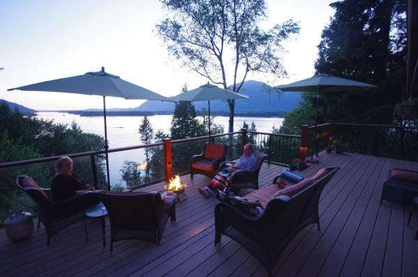 Hotel Pictures: The Fraser River's Edge B&B Lodge, Chilliwack