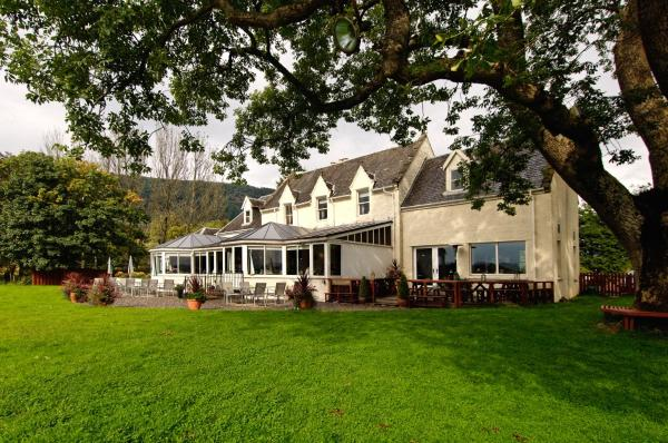 Hotel Pictures: The Lake Of Menteith Hotel, Aberfoyle