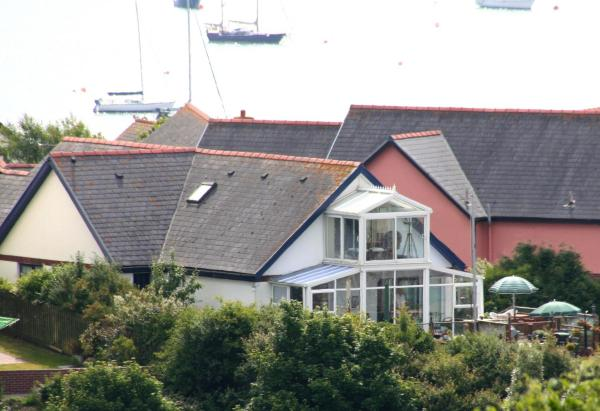 Hotel Pictures: Tideways Bed & Breakfast, Milford Haven
