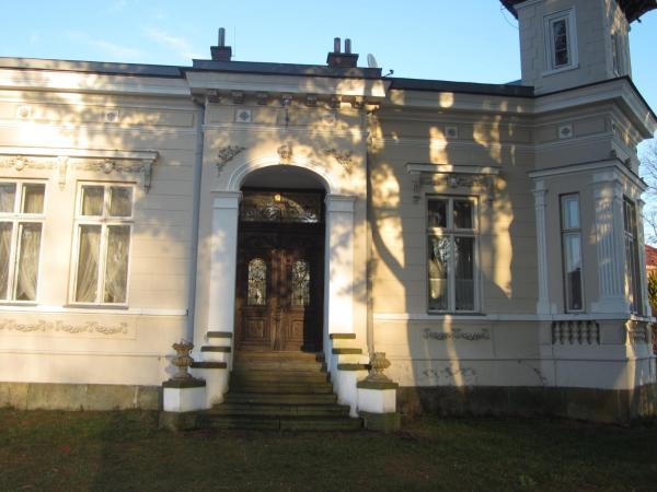 Hotel Pictures: Apartmán U Borovice, Rychnov nad Kněžnou