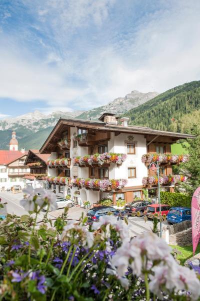 Hotel Pictures: Hotel Angelika, Neustift im Stubaital