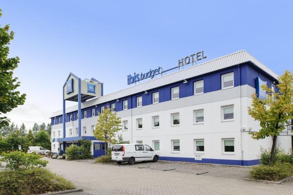 Hotel Pictures: ibis Budget Rostock Broderstorf, Rostock