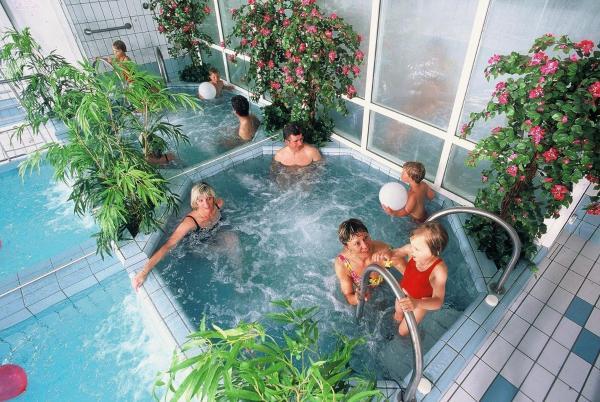Hotel Pictures: Le Charlet, La Bourboule