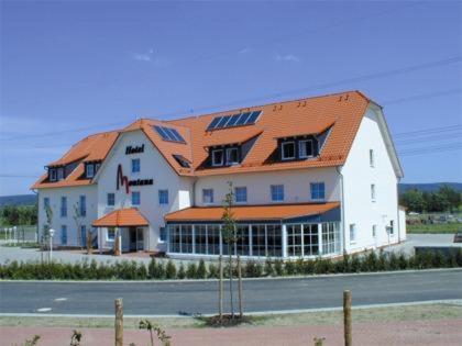 Hotel Pictures: Hotel Montana Lauenau, Lauenau