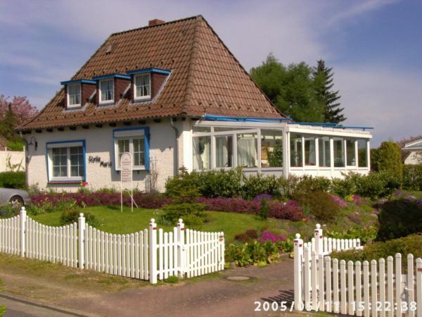 Hotel Pictures: Ferienwohnungen und Ferienhaus im Nixenweg, Hohwacht