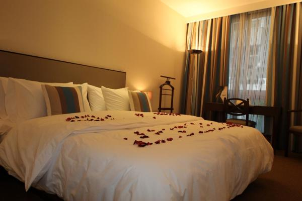 Double Deluxe Room with City view