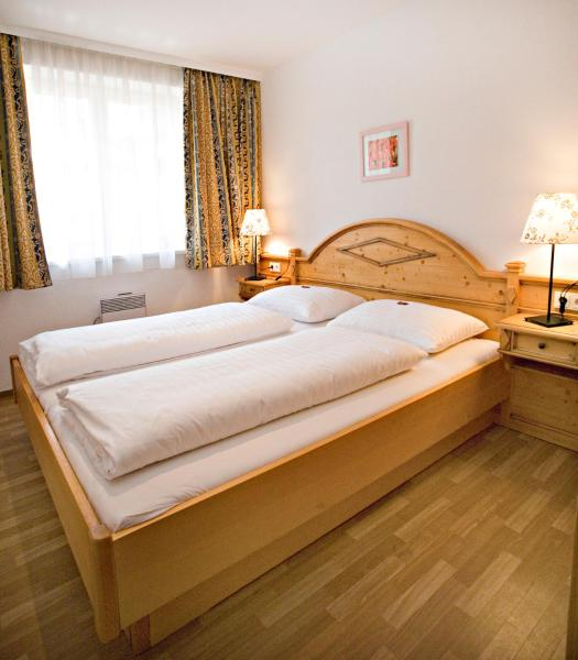 Foto Hotel: Neue Post - Apartments, Zell am See