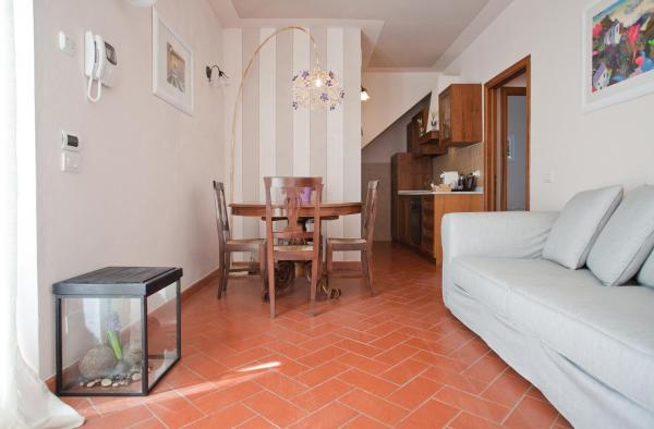 Two-Bedroom Apartment with Garden View (3 Adults)
