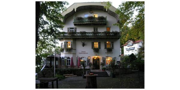 Hotel Pictures: Hotel Kolbergarten, Bad Tölz