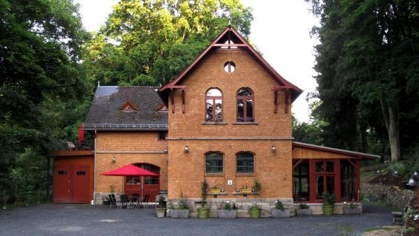 Hotelbilleder: Kutscherhaus am Weiher, Hundsdorf