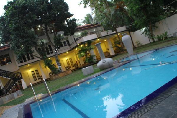 ホテル写真: Airport City Hub Hotel, ネゴンボ