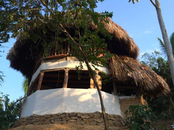 Hotel Pictures: Mamatukua Eco-Hostel, Palomino