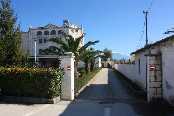Hotel Pictures: Guesthouse Familja, Berat