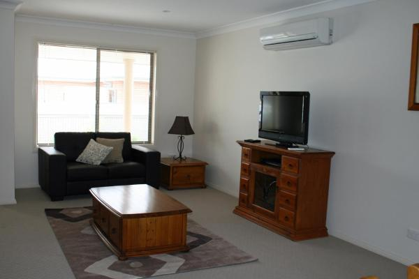 Foto Hotel: Breakaway Apartments, Cowra