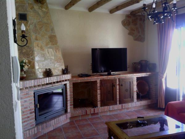 Hotel Pictures: Casa Rural-Apartamento El Lebrillero, Zahara de la Sierra