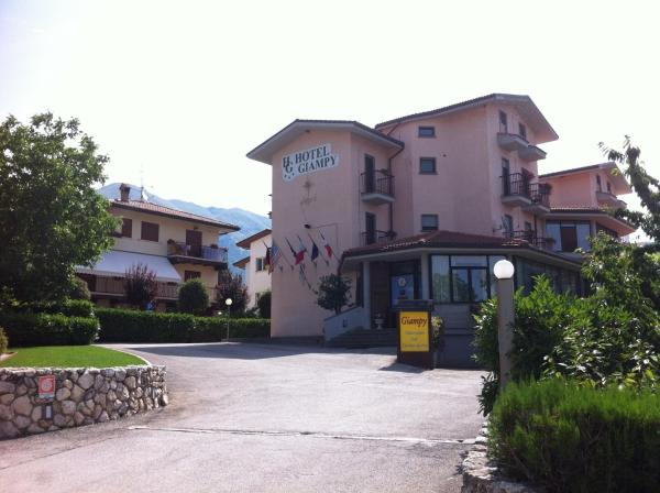 Hotel Pictures: Hotel Giampy, Assergi