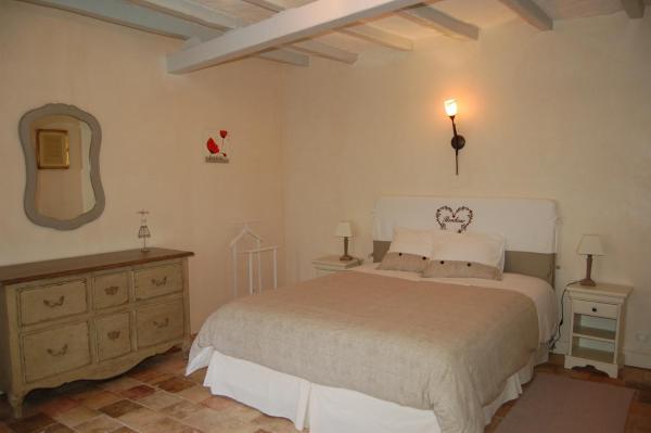 Hotel Pictures: La Grange Dîmière, Saint-Genouph