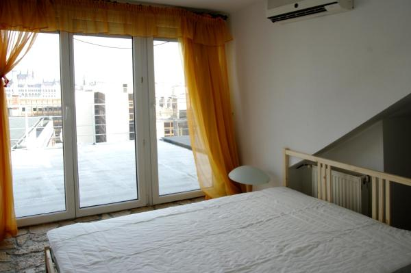 Apartment with balcony and Parliament view - 1015 Donáti utca 53.