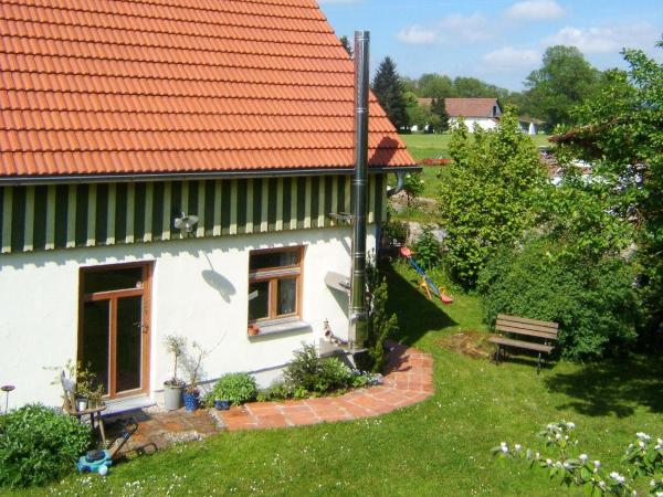 Hotel Pictures: Bio Pension Kirschenfee, Sontheim