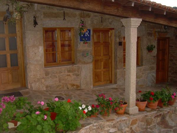 Hotel Pictures: Casa Luz, Lires