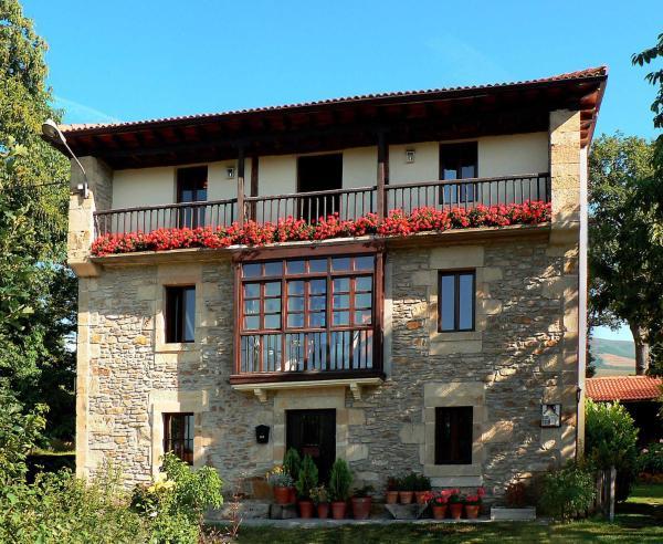 Hotel Pictures: , Espinosa de los Monteros