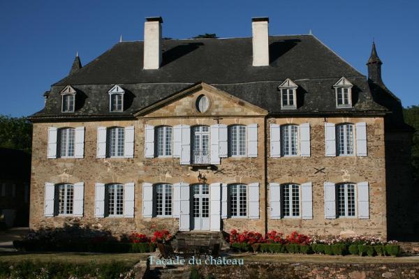 Hotel Pictures: Château de La Grèze, Brivezac