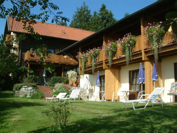 Hotel Pictures: Pension St. Georg mit Moststüberl, Bad Griesbach