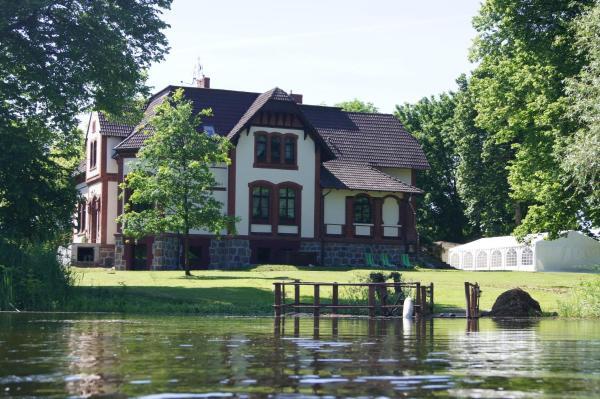 Hotel Pictures: Gutshaus Villa Radekow, Radekow