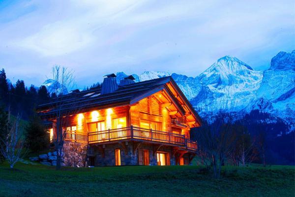 Hotel Pictures: Chalet La Vigogne et Spa, Le Grand-Bornand