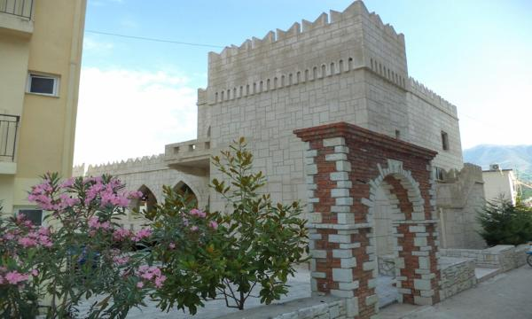 Hotel Pictures: Castle Hotel, Himare