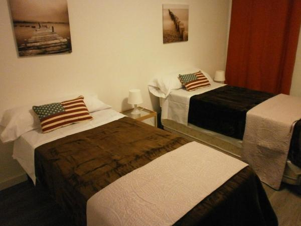 Hotel Pictures: Total Valencia Ave Leisure & Culture, Valencia
