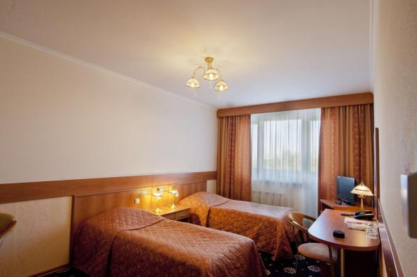 Economy Double Room with Shared Bathroom and Kitchenette