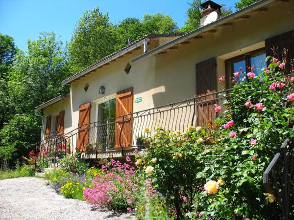 Hotel Pictures: , Montredon-Labessonnié