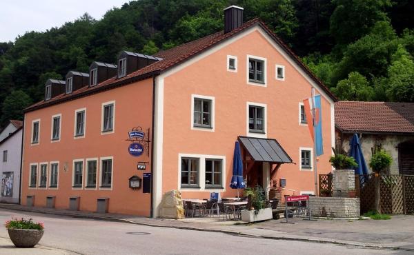 Hotelbilleder: Gasthof zum Brunnen, Mörnsheim