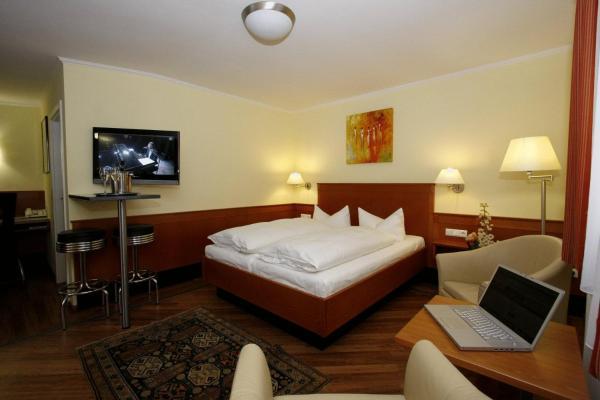 Hotel Pictures: Gästehaus Kral, Erlangen