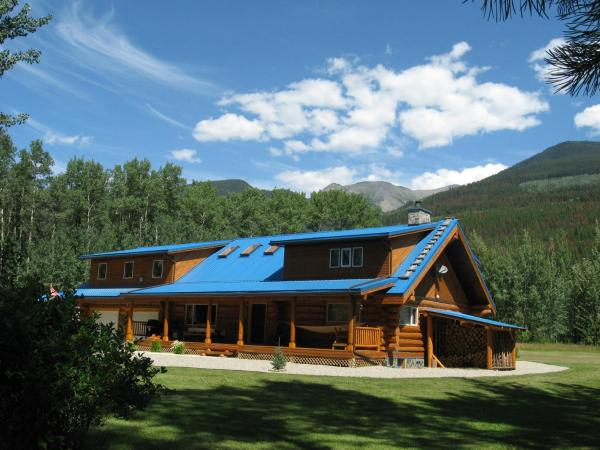 Hotel Pictures: Cougar Mountain Lodge, Valemount