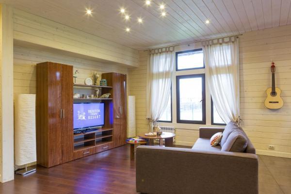 Villa with Spa Bath