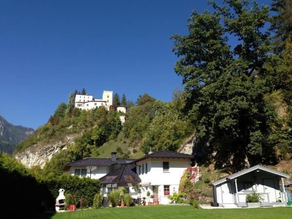 Fotos de l'hotel: Apartments Schloß-Weißenstein-Straße, Matrei in Osttirol