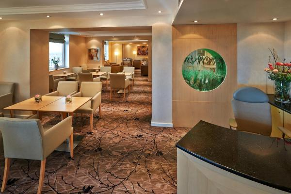 Executive King Room with Executive Lounge Access